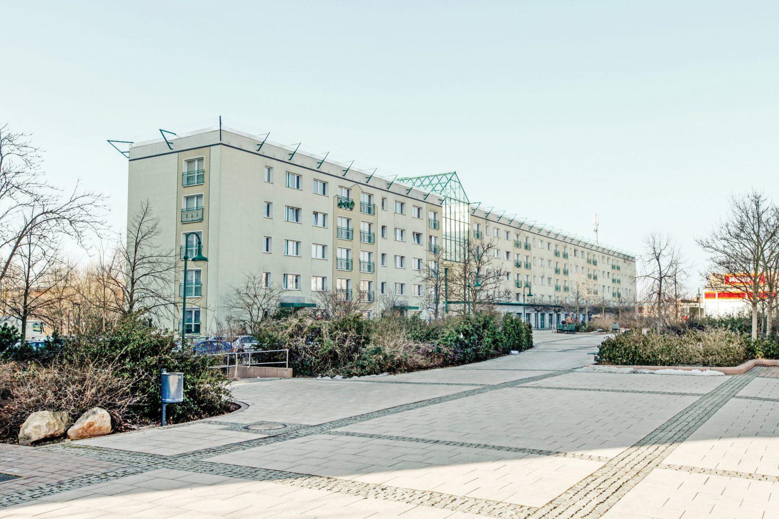 GRACO-Senftenberg-Plattenbau-Fischreiherstrasse-vorher